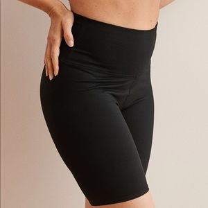 aerie move bike short black medium